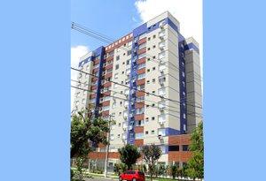 Apartamento 2 dormitórios semi-mobiliado com amplo terraço Rua Gomes de Freitas Porto Alegre