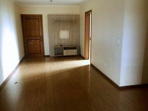 Apartamento com 2 dormitórios e sacada com churrasqueira Rua Álvares Cabral Porto Alegre -