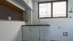 Apartamento com 40 m², com um quarto suíte e uma vaga na garagem Rua Barão do Triunfo São Paulo -