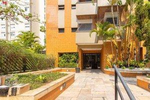 APARTAMENTO EM MOEMA Condomínio Edifício Giardino de Ravena Rua Canário São Paulo