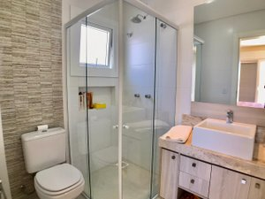 Casa 4 suítes com Móveis Planejados Av. Central XANGRI-LA -