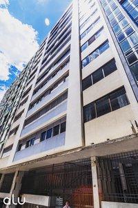 Amplo apartamento 4 dormitórios Largo João Amorim de Albuquerque Porto Alegre