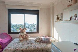 Apartamento 2 dormitórios com suíte, lavabo e 2 vagas de garagem Praça Dom Pedro Porto Alegre
