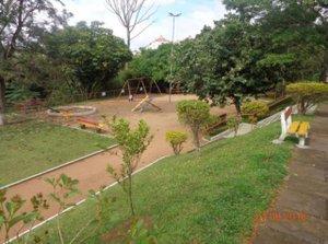 Linda cobertura de 2 dormitórios R. Dr. Aldo Wildt Porto Alegre -