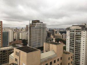 Apartamento com 70 m², com 1 dormitório suite - mobiliado Alameda dos Jurupis São Paulo
