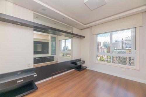 Apartamento Edifício Majesty Apto 1801 3 suítes 190m² Pedro Chaves Barcelos Porto Alegre -