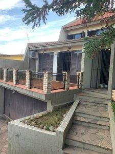 Casa no Jardim Itu Sabará Rua Bartolomeu Dias Porto Alegre